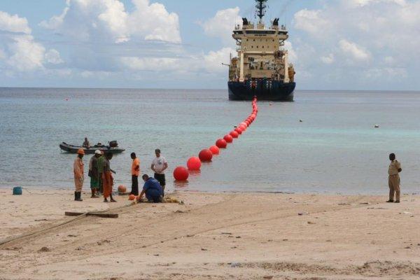 Plus d'Internet aux Comores suite