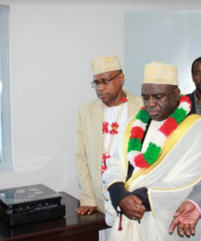 Point de presse de M. Mouigni Baraka au nom du CNT, à son domicile de Ntsudjini