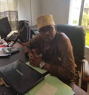 Des agents de l'administration de l'Ile Autonome de Ngazidja vont porter plainte pour détournement contre le Gouverneur Hassani Hamadi dans l'affaire de la banque de Ngazidja.