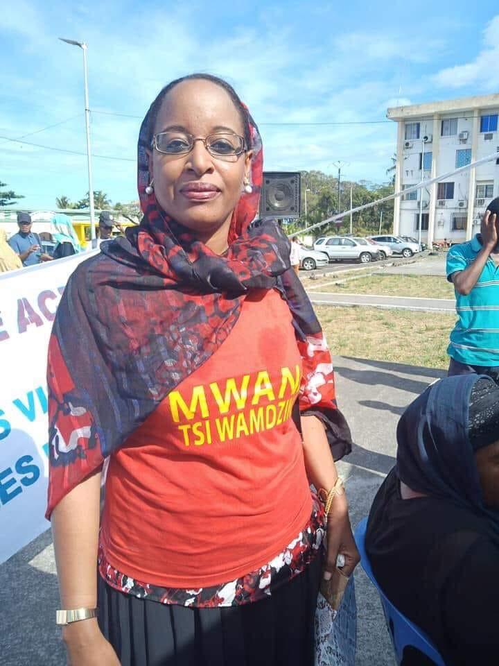 Contre l'impunité des violeurs d'enfant, Mme Najda Said Abdallah, militante engagée pour la défense des droits des enfants, pousse un coup de gueule : «Namhozwa No Wana Hatru
