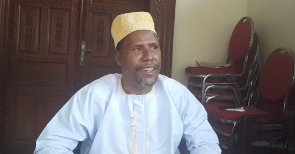 HaYba POLITIQUE  Huées Anti Azali de Mbeni  Un coupable doit être trouvé
